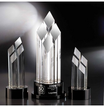 "CPC414 - 14"" Pinnacle Crystal Diamond Award"