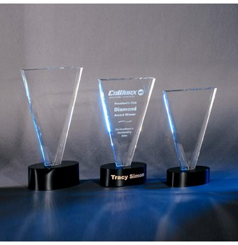 "CVCT410 - 10"" V Cut Crystal Award"