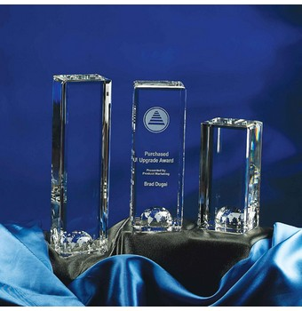 "CWT210 - 10"" World Tower Crystal Award"