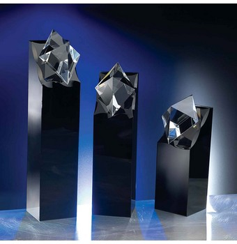 "SDR209 - 9"" Diamond in the Rough Crystal Award"